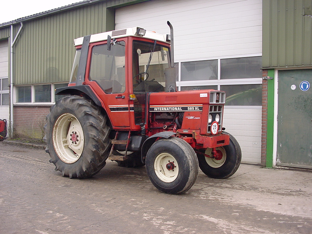 Case - IH 585-745 XL - art.nr. 281 Naaldvilt