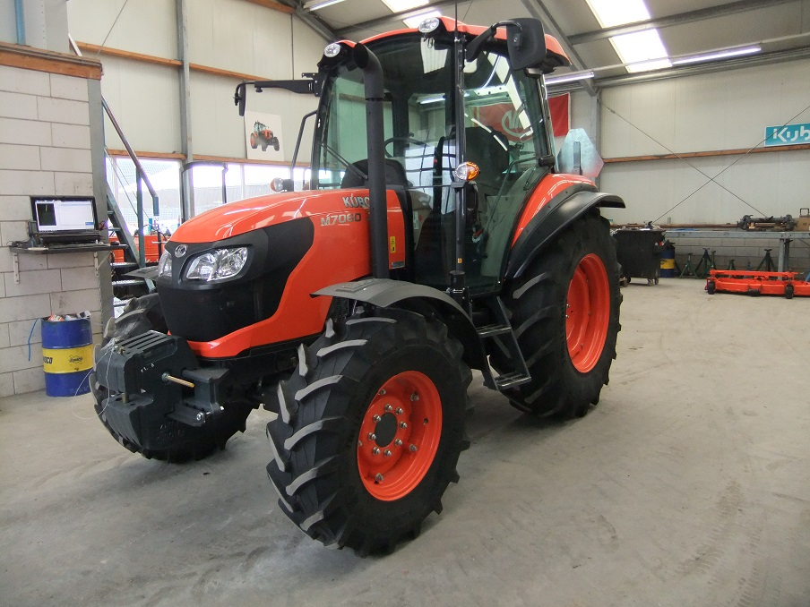 Kubota M7060 art.nr.1181 super velours