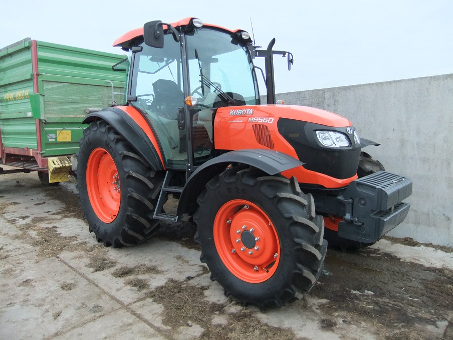 Kubota M8560 art.nr.1185 super velours
