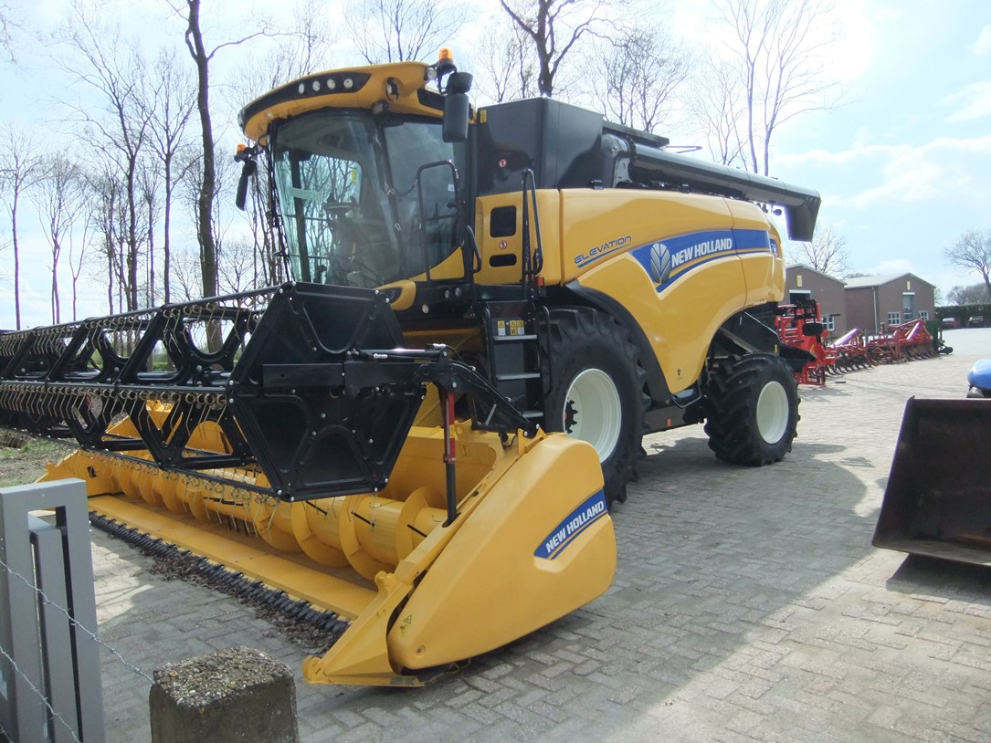 New Holland CX 8.70 art.nr.1207 - Naaldvilt