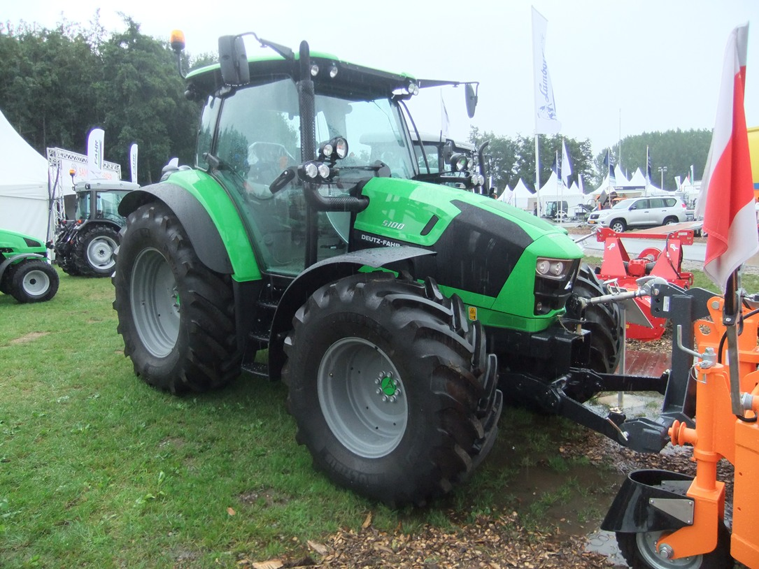 Deutz Agrotron 5000 serie 2013--> art.nr.637 - Super Velours