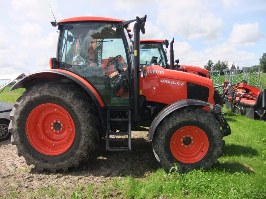 Kubota M100 art.nr.1229 super velours
