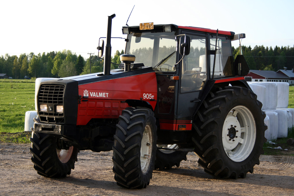 Valtra 905 art.nr. 529 - Super Velours